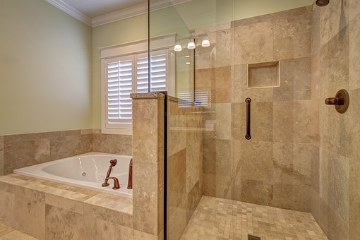 bathroom-389262__340