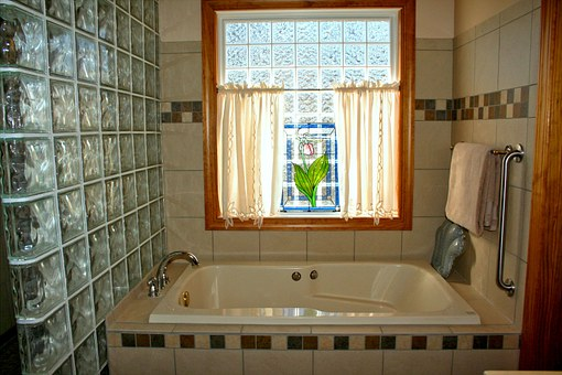 bathtub-54587__340